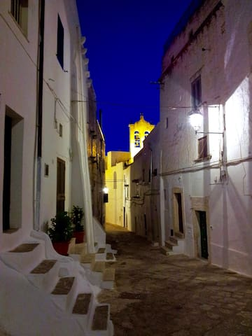 Ostuni by Night - Lounge Bar & Pubs