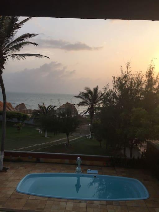 Vista do quarto 4 para piscina