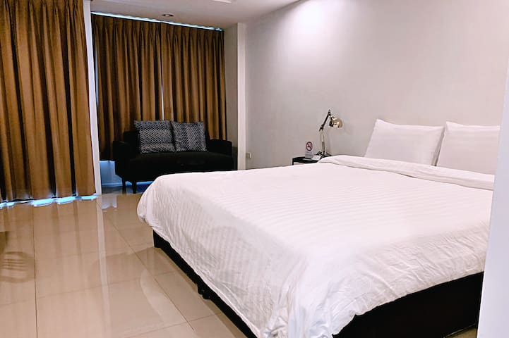 Cozy Apartment R202, 7 mins from MRT-Sutthisarn