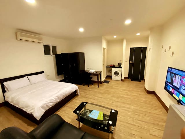 Central Kaohsiung Private condo私人空間
