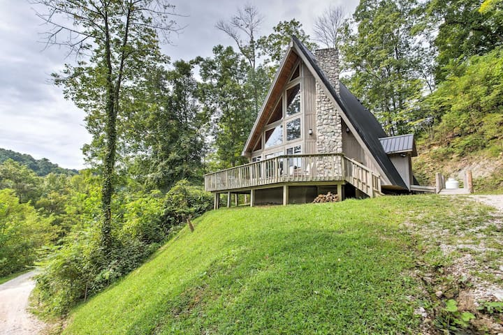 Southern Comfort 3BR Red River Gorge Cabin