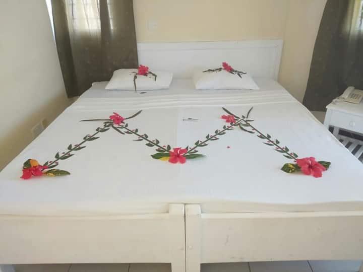 Ocean View Cozy Resort Room