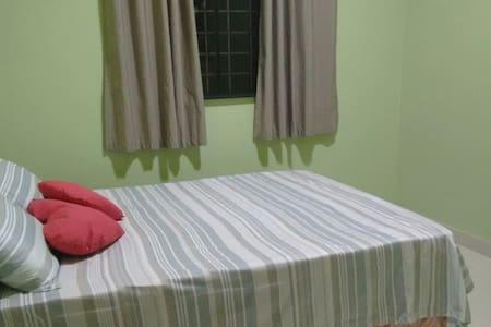 Quarto confortável com WC privativo - Abaetetuba