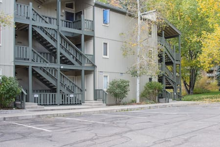 "Sandstone ""Hotel room"" style 1BR/BA - Vail - Jiné"