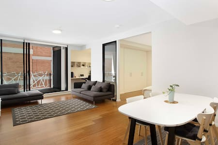 SYDNEY CBD LUXURY ONE BEDROOM APARTMENT for 5 ppl! - Haymarket - Apartment