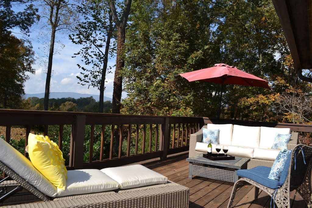 A modern mountain guesthouse case in affitto a for Affitto cabina charlottesville va