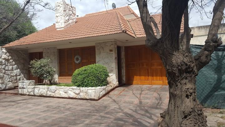 Alojamiento temporal en Lujan de Cuyo