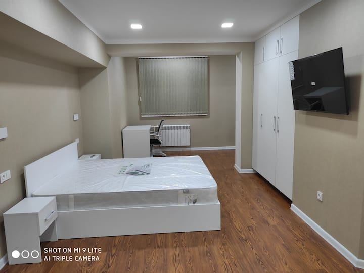 1-bedroom modern apartment in the very city center