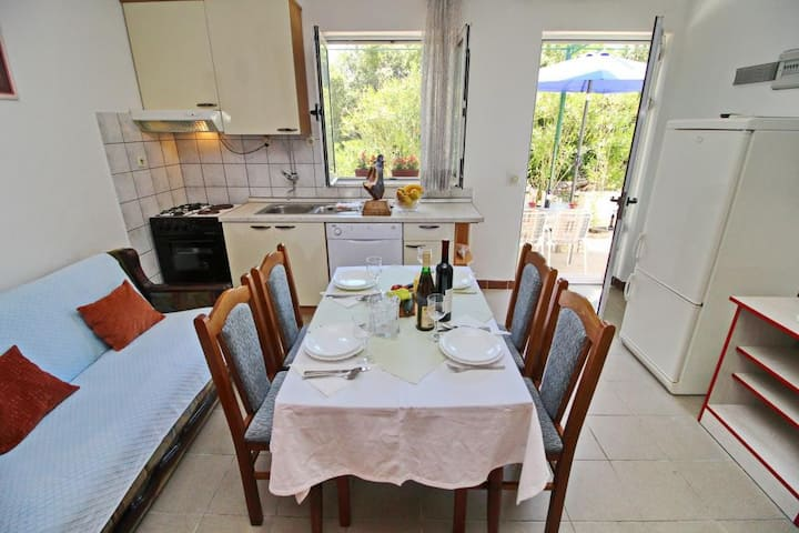 Apartments Neven - Studio Apartment with Terrace and Partial Sea View (A3)