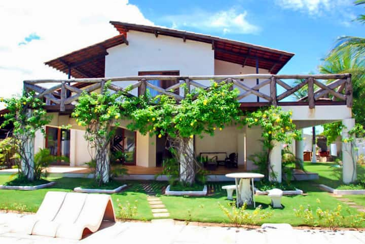 Villa con 4 stanze a Cumbuco, con splendida vista mare, piscina privata, giardino attrezzato - 80 m dalla spiaggia