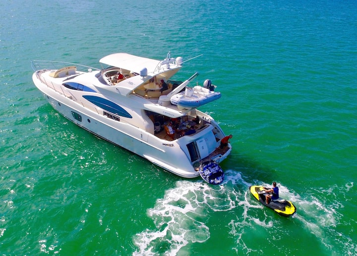 68' Azimut - Rent a Luxury Yachting Experience!