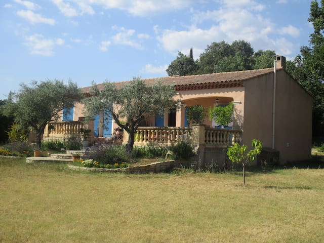 Authentic Villa in the heart of Provence