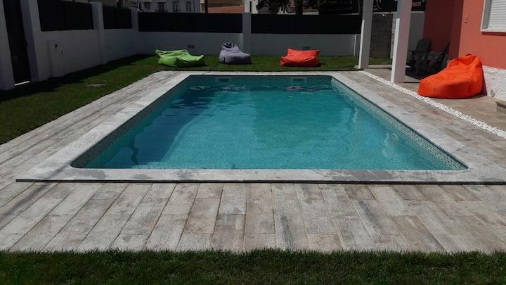 Family Villa Pool & Beach
