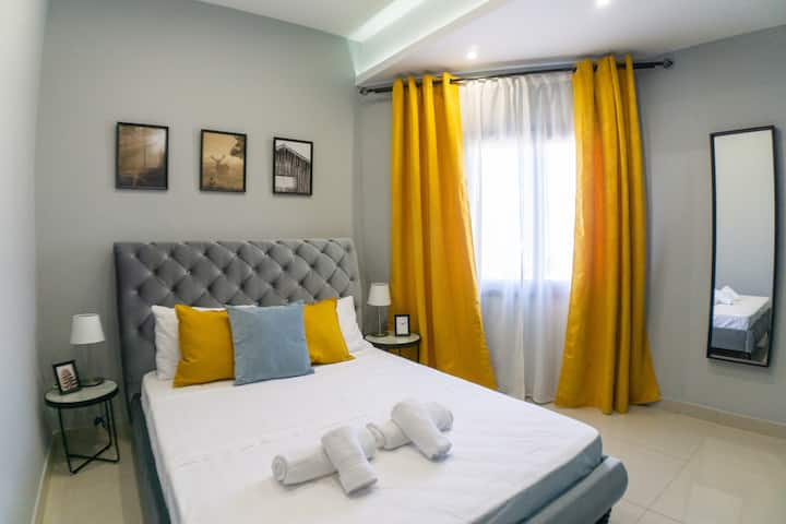 Modern 2 bedroom apartment in Margarita Gardens