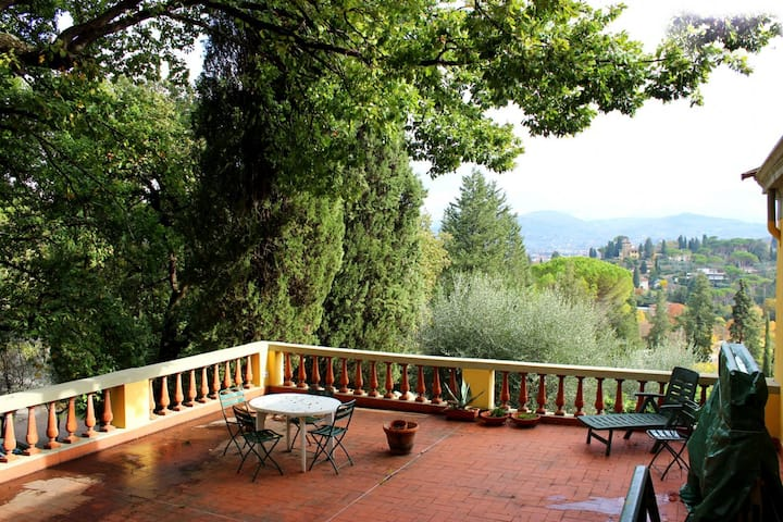 Apart Michelangiolo,   SCENIC TERRACE and Parking