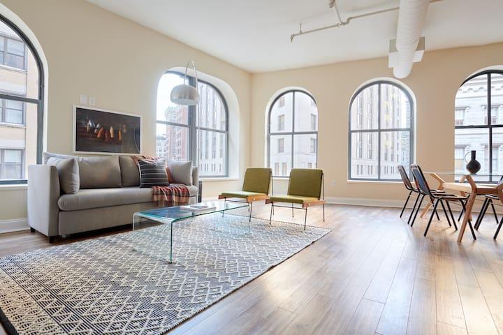 Sonder   Financial District   Grand 2BR + Sofa Bed