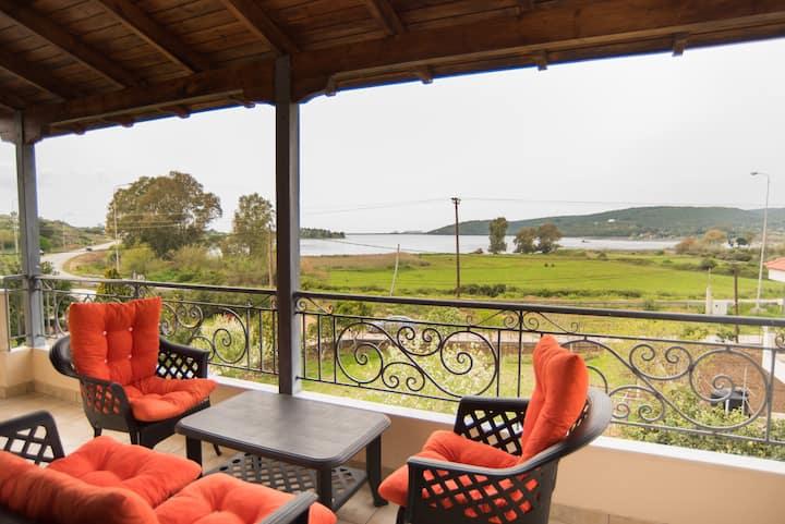 Villa Irini Ammousa
