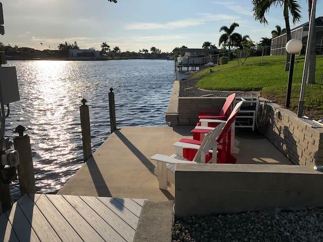 Gulf Access/Sunsets/Heated Pool/All Day Sun