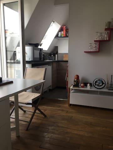 Kitchen with microwave/oven