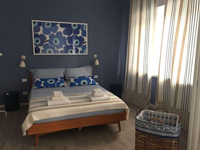 Amazing family flat, full confort, heart of Genoa