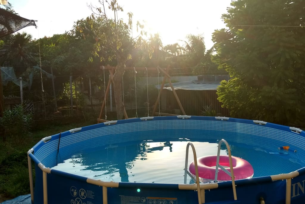 Groot huis met tuin en zwembad in paramaribo zuid h user for Groot opzetzwembad