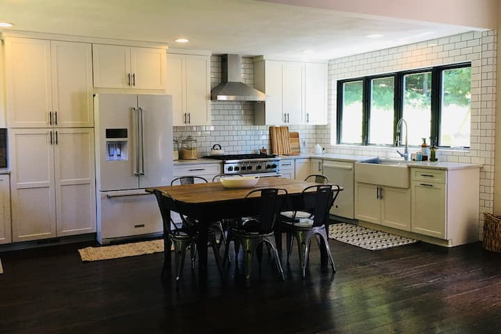 Charming Traverse City home 10min to East Bay