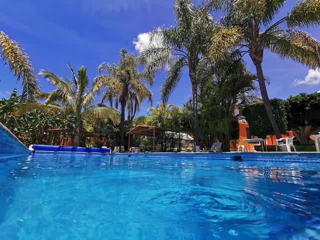 Ven y disfruta de alberca en Ixtapan de la Sal