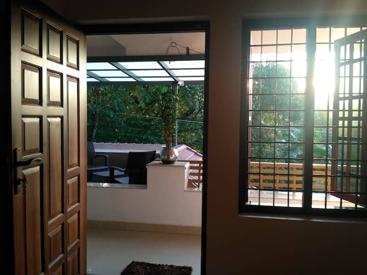 Near Kochi Airport- 2 Bedroom NonAC Aprt DRO Homes