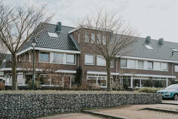Family home in Eemnes 30 min from Amsterdam