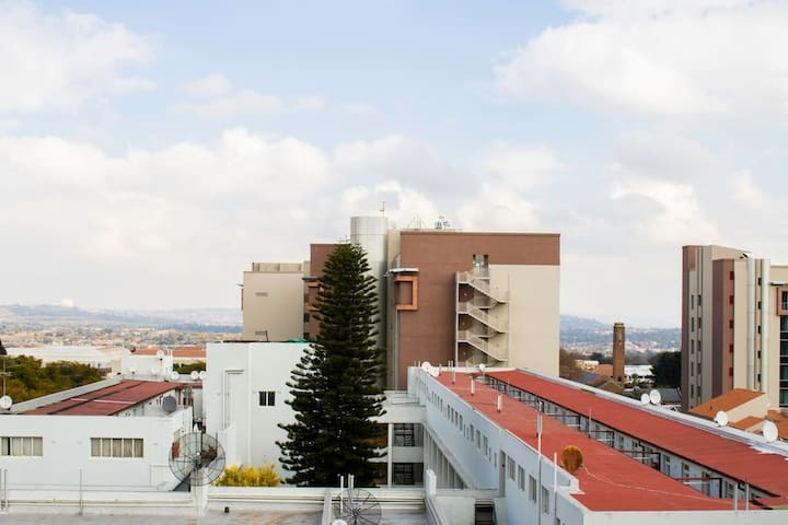 Space Shared Accommodation By Rosebank Mall