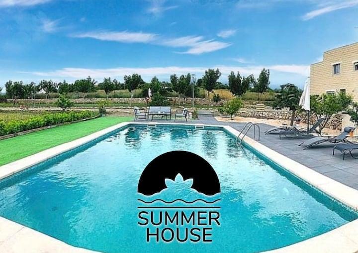 Summer House Tgn Deluxe