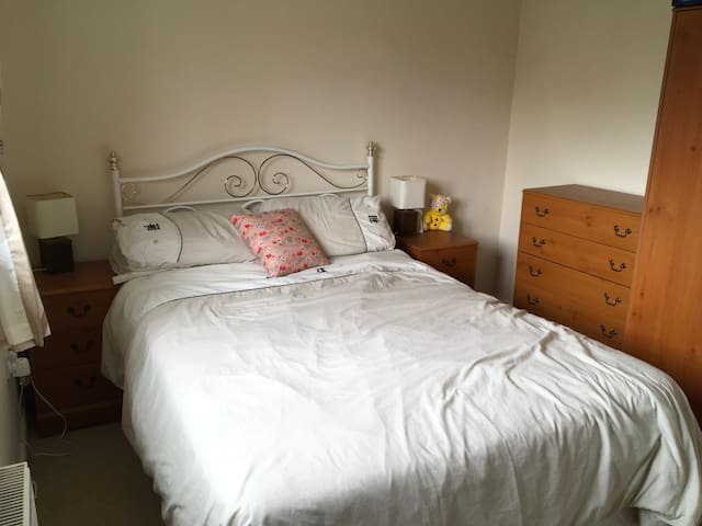 Double Bedroom Great Cambourne
