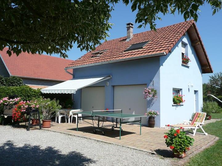 Gîte La Maison Bleue 6km route du vin classé 3***
