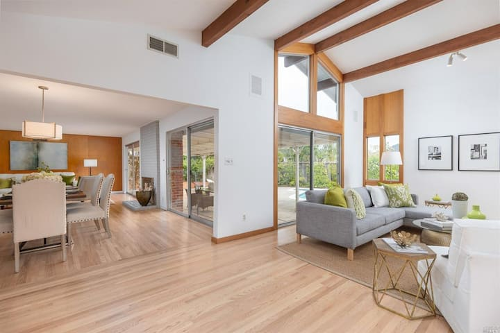 Creekside 4 BR Ranch Style Home with Mt Tam Views