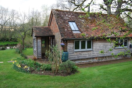 Stylishly converted detached barn - West Sussex - Σπίτι