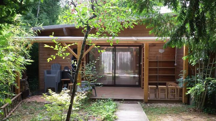 Studio bois 49m² Dortoir 2 à 6 personnes & jardin