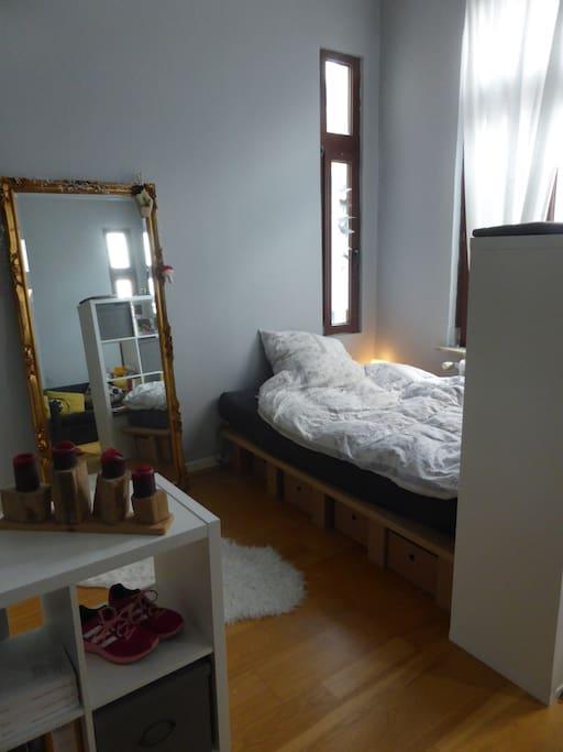 privatzimmer in studenten wg in den alten b rgern wohnungen zur miete in bremerhaven bremen. Black Bedroom Furniture Sets. Home Design Ideas