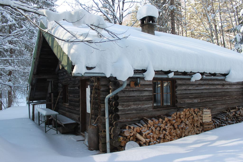 Walchenhütte im Winter