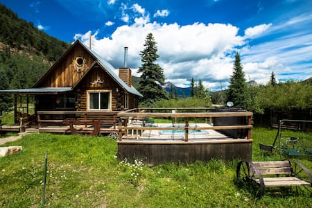 The Nugget Cabin with Hot Tub close to Purgatory - Durango - Zomerhuis/Cottage