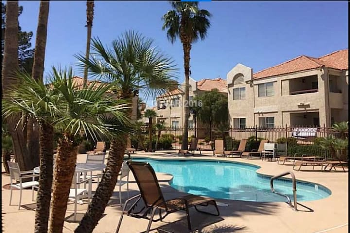 Adorable Condo in Heart of Summerlin