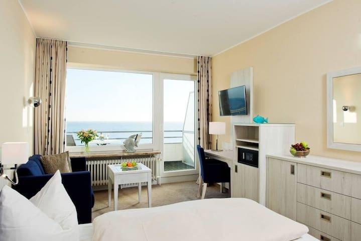 #15 Strandlage mit Hotelcharakter & Meeresrauschen