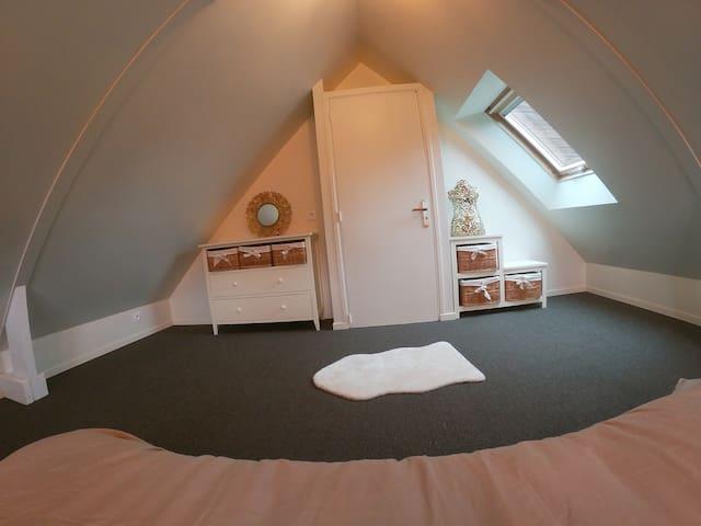 La chambre sous les combles