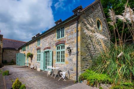The Cottage @ The Coachouse