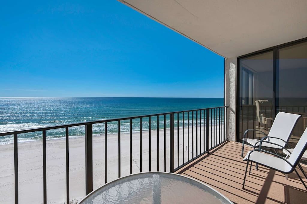 Sit back and enjoy the best view on the beach!