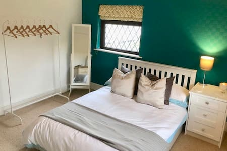 Countryside room near to Lancaster Carnforth & M6