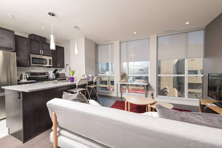 Next to Rogers Place! Brand new! DT 2 BDR condo