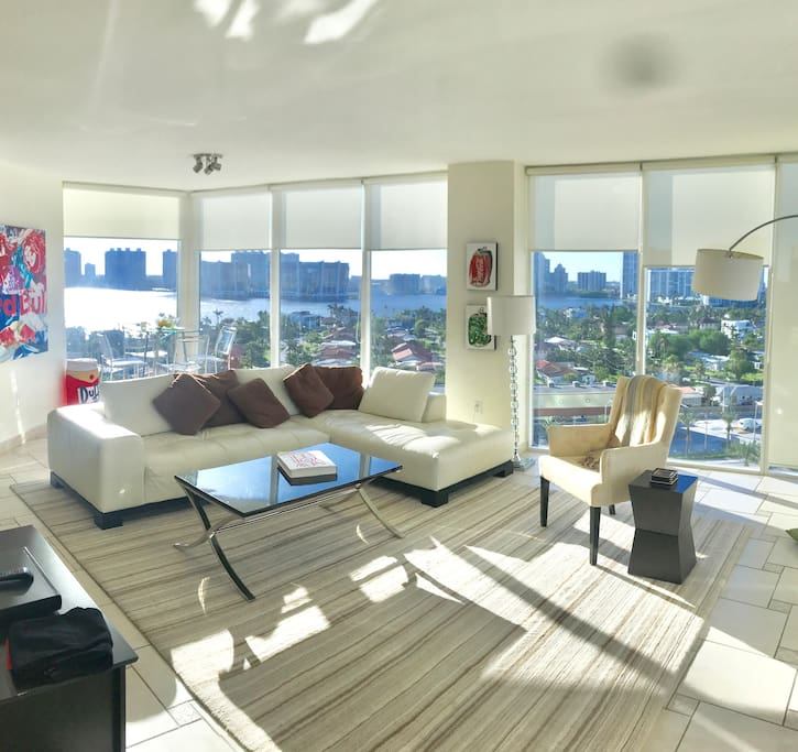 Miami Sun pours in through Floor to Ceiling Windows