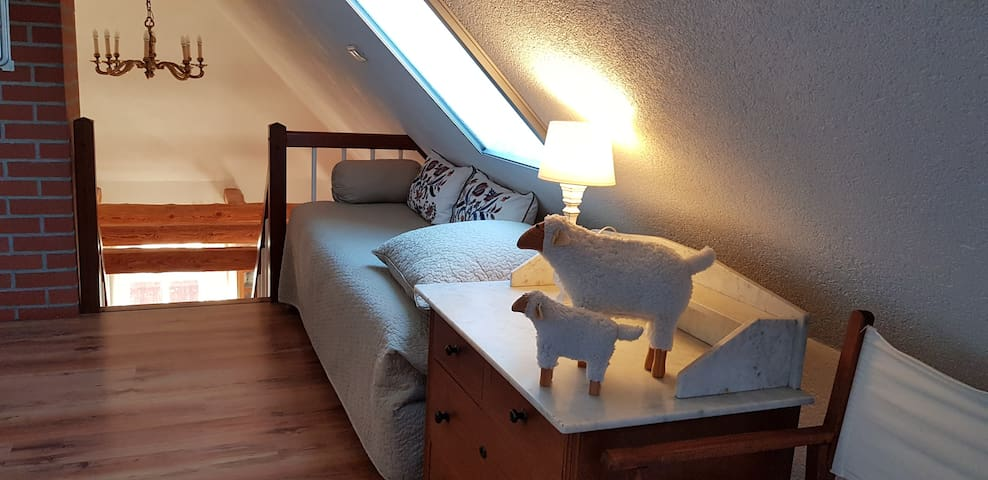 Drittes Einzelbett im Schlafzimmer