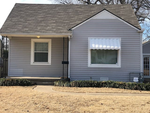 Charming 1930s Tulsa Home Close to Downtown