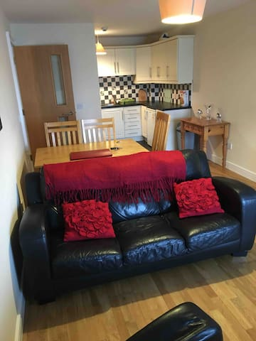 Cosy Apt in Grand Central of Letterkenny Town.